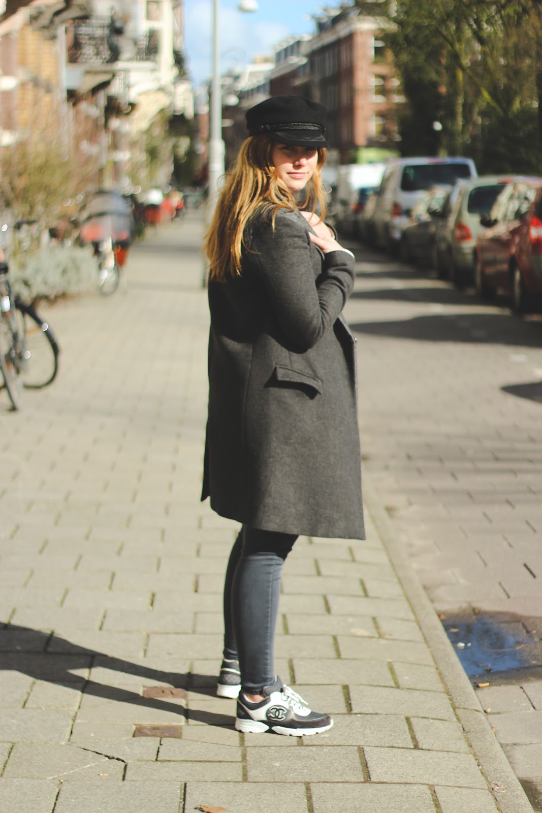 deau, blogger, dominique, candido, h&m, mango, zadig, &, voltaire, isabel, marant, chanel, sneakers, coat, hat, sweater, jeans,