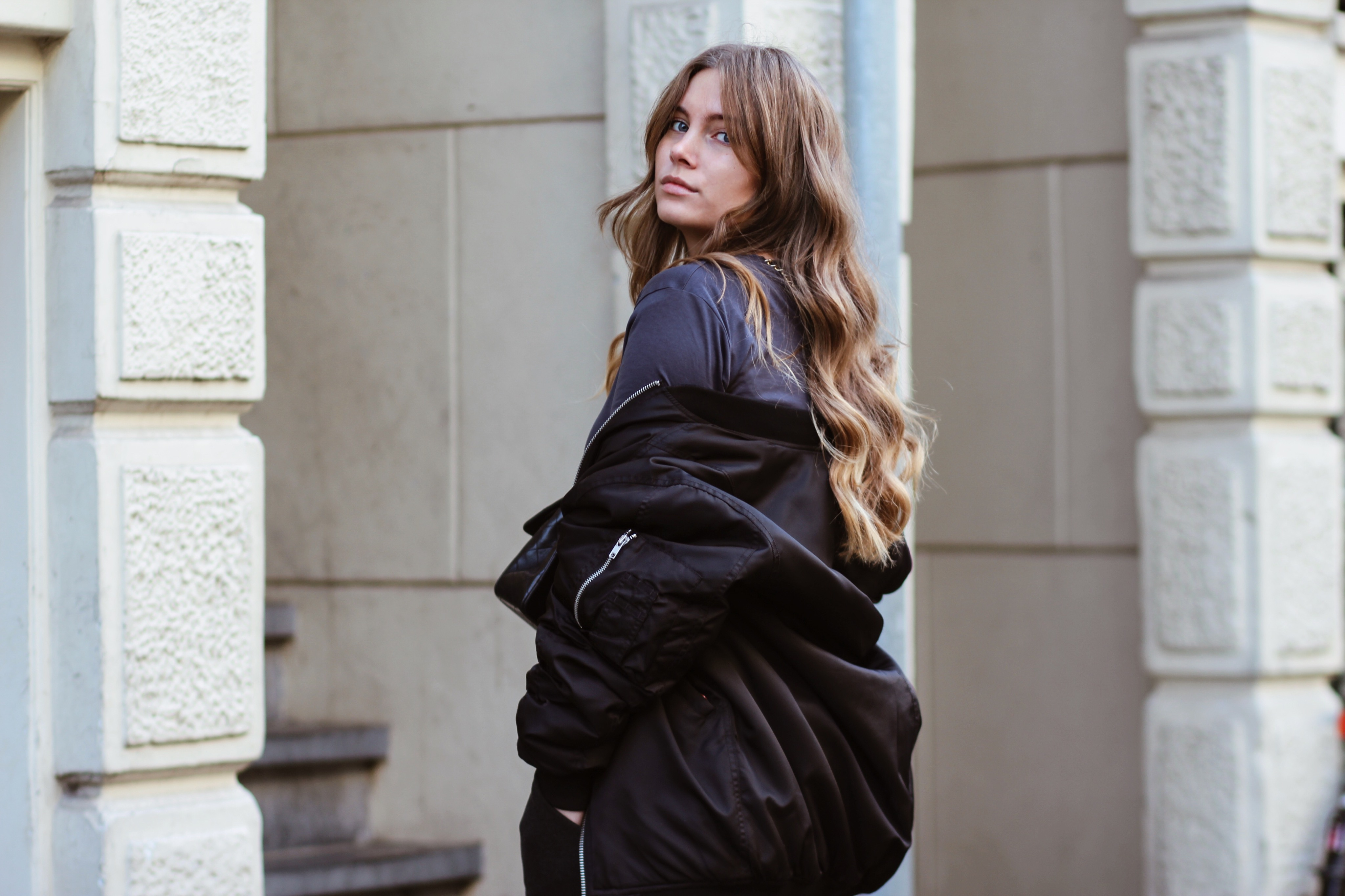 Blogger dominique candido wearing a zara bomber